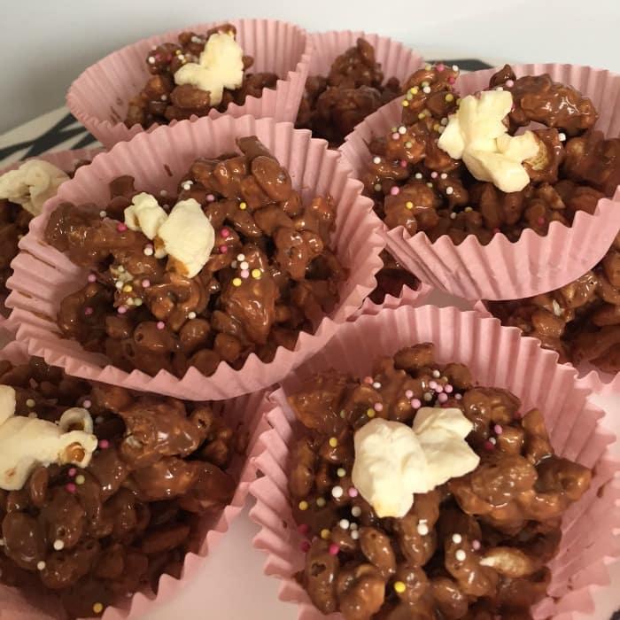 1 Gorgeous Popcorn Crispy Cakes!