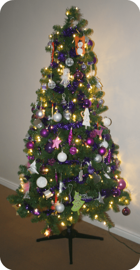 It's back - the nosey bloggers Christmas tree linky ...