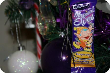 homemade-chocolate-tree-decorations