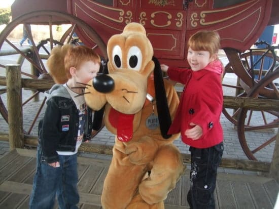 But Pluto gets a kiss....