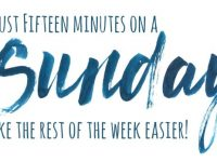 How just 15 minutes on a Sunday can make the rest of your week so much easier {Free Printable Weekly Planner}....