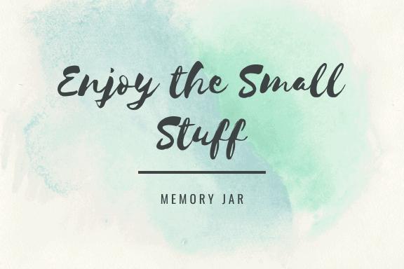 Make a homemade memory jar - free printable label!