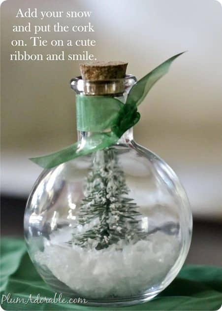 DIY Waterless Snow Globes!