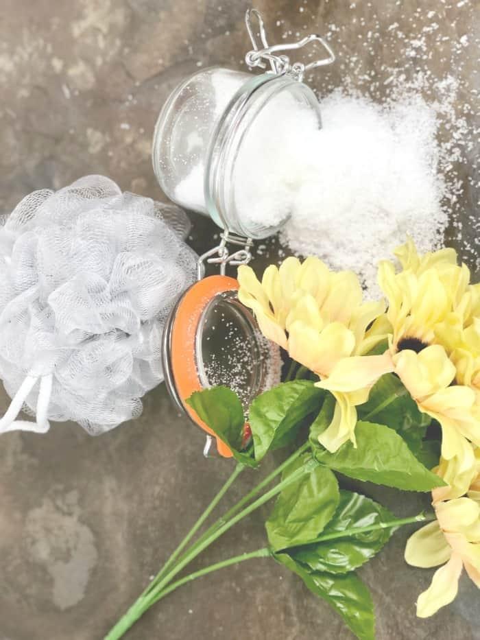 DIY relaxing bath salts