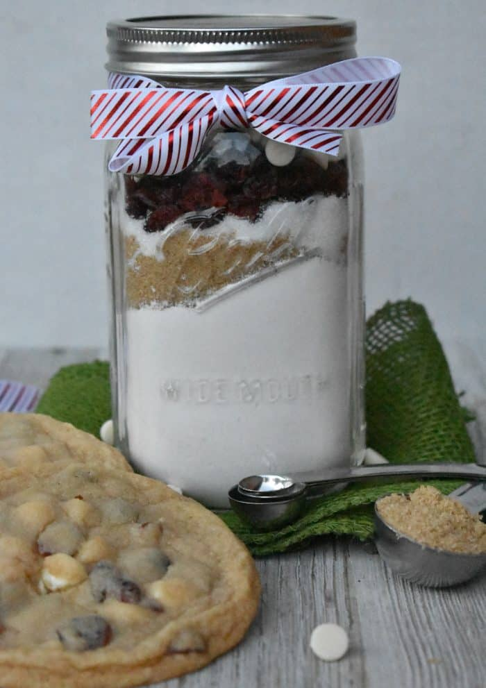 Cranberry and white chocolate cookie mason jar gift