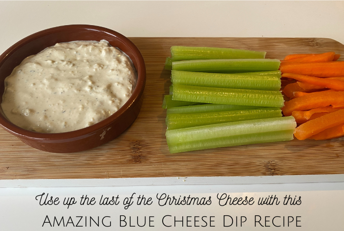 Homemade blue cheese dip recipe