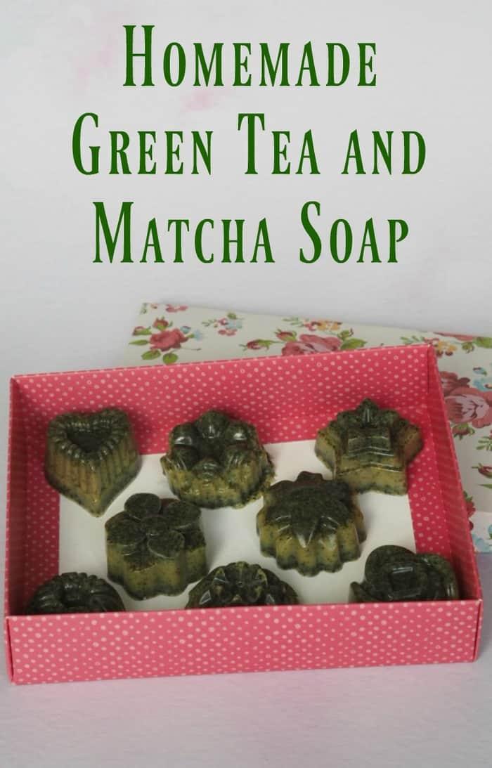 Homemade Green Tea and Matcha Soap #meltandpour #homemadesoap