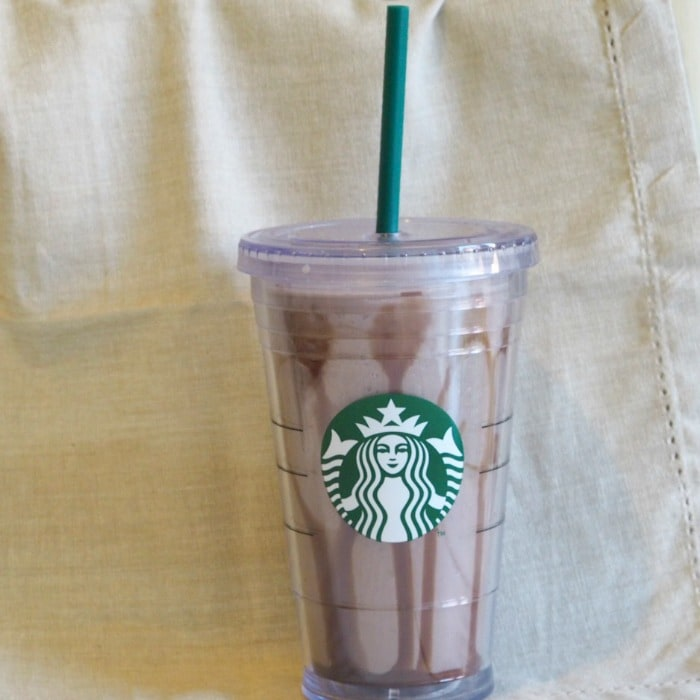 How to make amazing Oreo Frappuccinos - easy and tasty!
