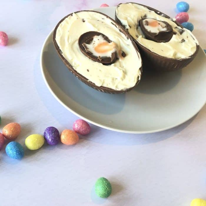 Chocolate Easter egg cheesecake! Cadburys Creme Egg Cheesecake