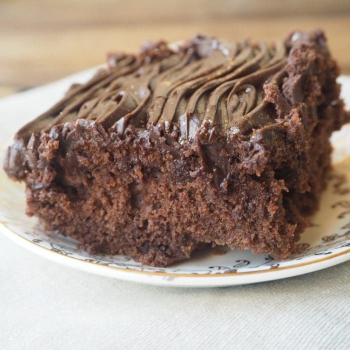 Easy Chocolate Traybake recipe