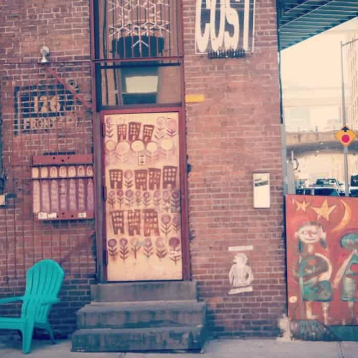Essential New York Photos - 5 of my favourite photo spots in New York.... Street art in dumbo