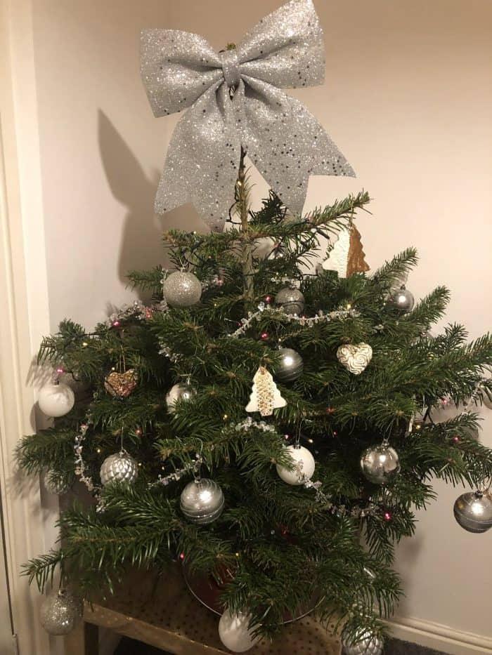 Homemade Shabby Chic Christmas Decorations...