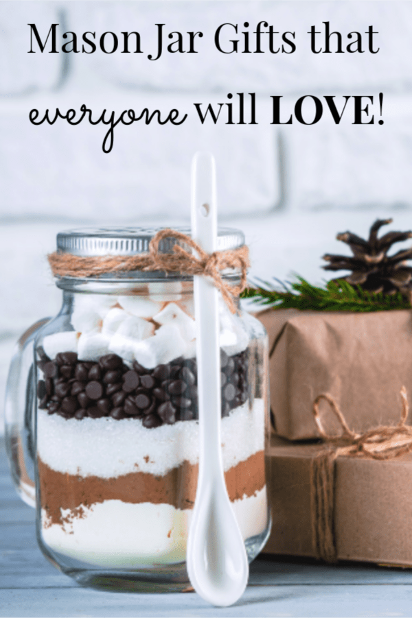 Mason jar gifts that everyone will want to receive!