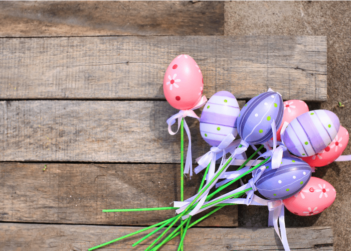 Mess Free Easter Egg Decorating Ideas Using Plastic Eggs (1)