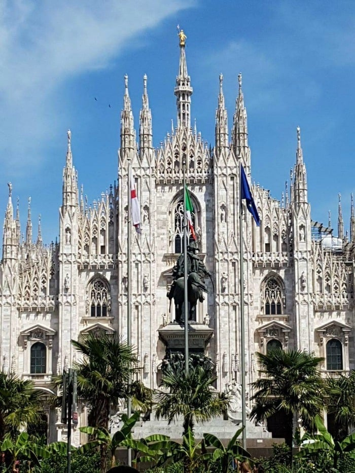 Milan on a budget - visiting the Duomo....