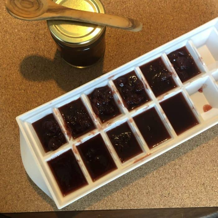 Homemade Slow Cooker Cranberry Sauce